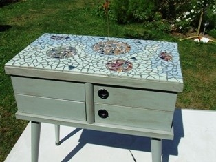 table mosaique.jpg
